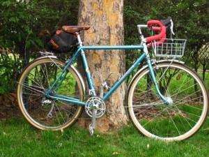 Photo of Rivendell Bleriot ready for overnight bike trip