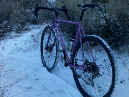 picture of bike on snowy trail