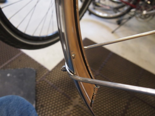 Fender stay attachment for Berthoud stainless steel front fender