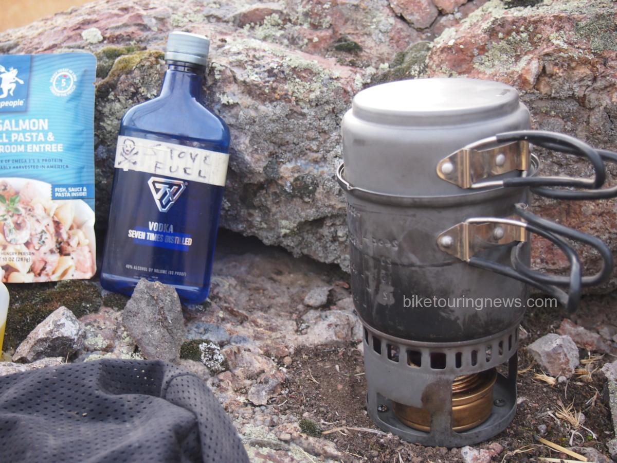 Esbit Alcohol Stove and Trekking Cook Set- Product Review.
